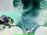 電動バイブと指の超絶乳首攻めで太ももをピクピク痙攣させながら感じる変態チャトレ