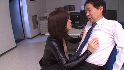 産業スパイに関わった物は乳首責めで自白させる!