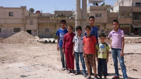 Tarek, tallest boy, and his friends. ©UNICEF Syria/2015/ElOuerchefani
