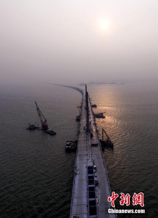 hong-kong-zhuhai-macao-bridge_003