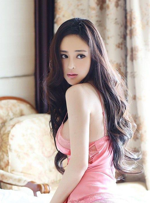 seksualnie-aziatskie-top-modeli