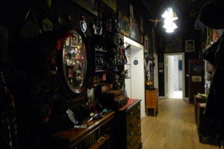 Suzanne Forbes decor hallway
