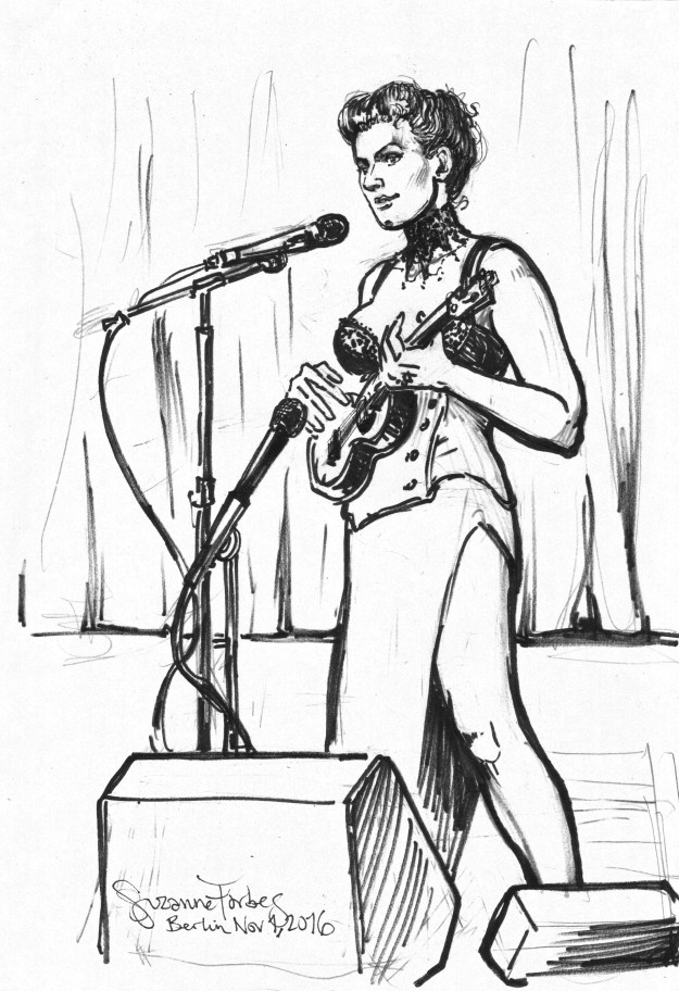 Amanda Palmer playing ukulele in Berlin by Suzanne Forbes Nov 1 2016
