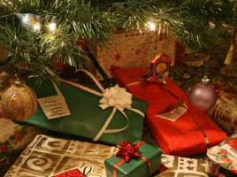 Surprise Your Loved One With Online Christmas Gift Delivery