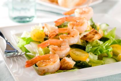 Nova Comercial: receba em casa os melhores e mais frescos  pescados e frutos do mar