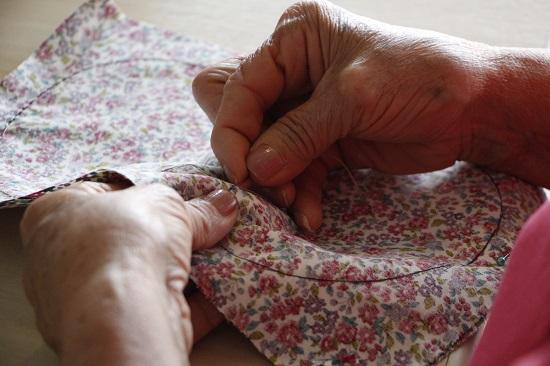 Histórias pessoais inspiram trabalhos manuais no Sesc Vila Mariana