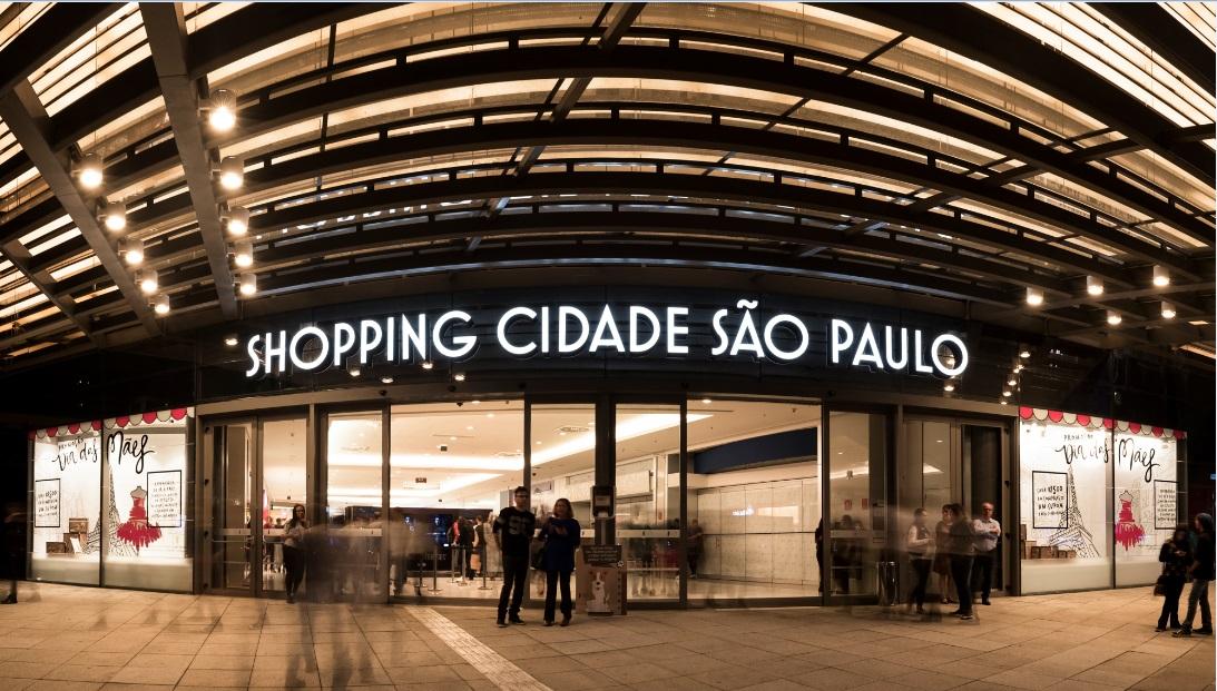 Shopping Cidade São Paulo oferece piscina gigante de bolinhas para as crianças