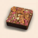 ミニ タルト アーモンドとヘーゼルナッツのプラリネ 飾りにフルーツのコンフィ