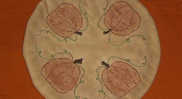 PumpkinThemedCandleMat