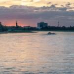 Düsseldorf - Sonnenuntergang am Rhein