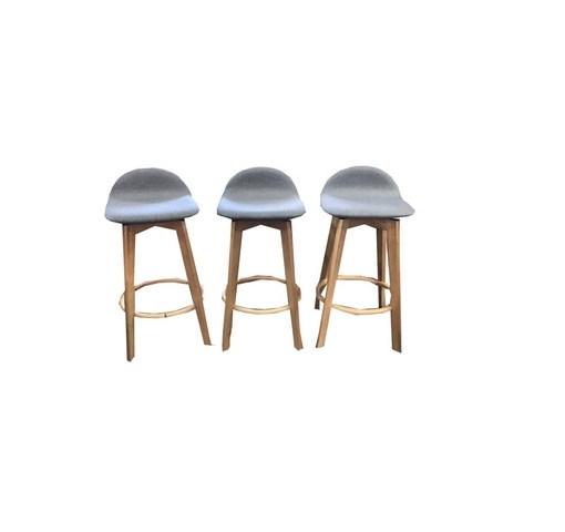 caulfield-stools