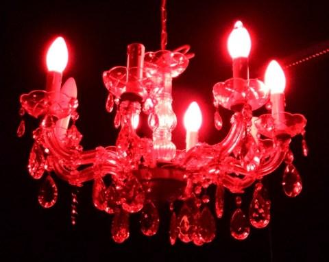 Kreativ: Kristalllüster in der Dunkelkammer