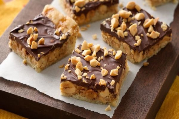 Chocolate-Toffee-Peanut Butter Crunch Bars - Christmas Kitchen