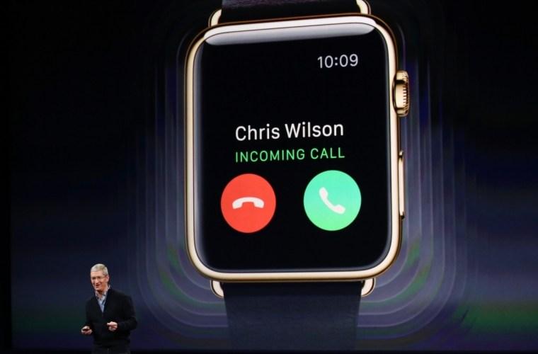 apple-watch-chris-call