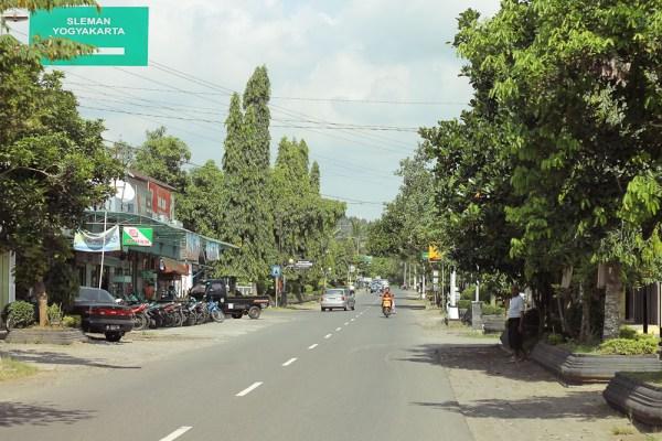 Borobudur Yogyakarta street photos-12