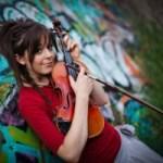 リンジー・スターリング(踊るバイオリニスト)のwikiは?動画や年齢も!