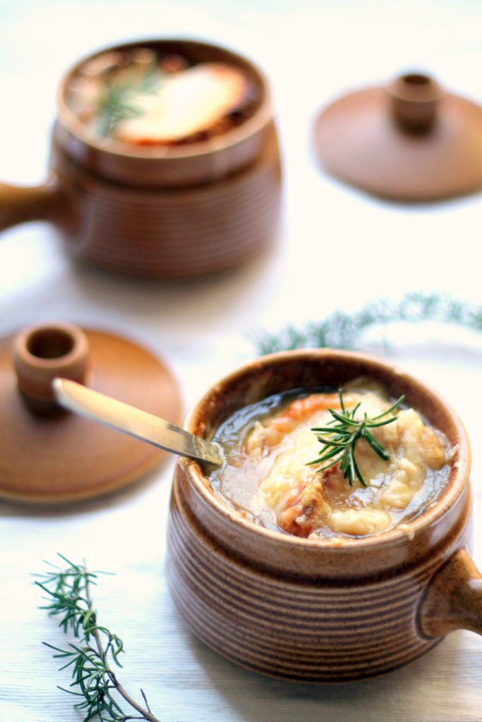 This vegetarian French onion soup has a couple tricks up its sleeve ...