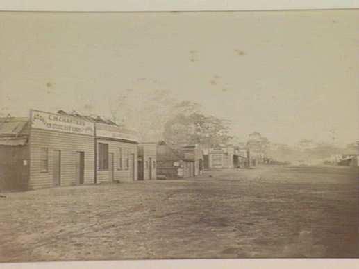 View of Corbett Street, Graytown' (Spring Creek Diggings). Courtesy SLV. http://www.slv.vic.gov.au/pictoria/gid/slv-pic-aab67793