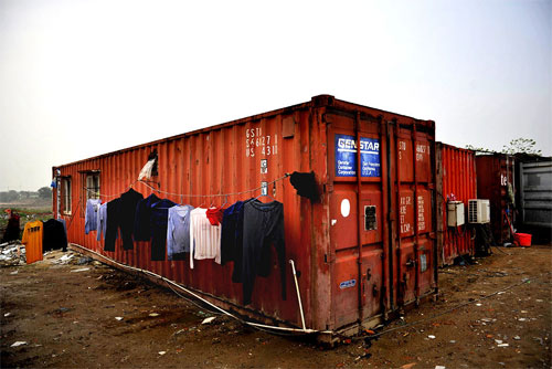 living-in-containers-4