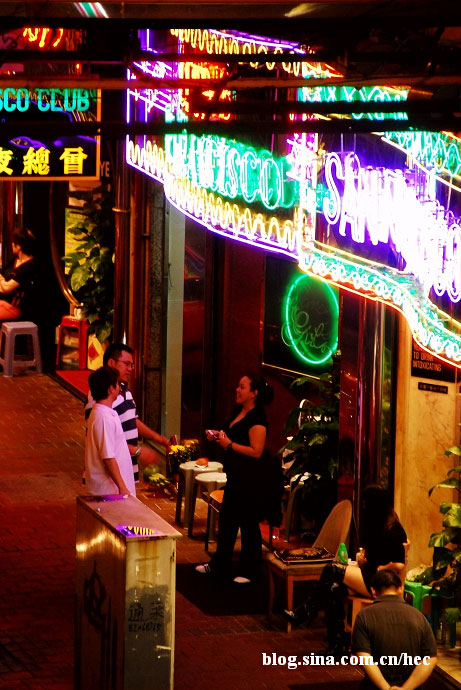 hong-kong-red-light-district-05