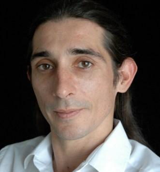 Giles Davies* as Oberon