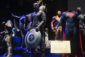 Behind the Scenes: Hollywood Costume Exhibit with Lighting Designer Trevor Burk from ARRI