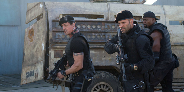 Sylvester Stallone et Jason Statham dans The Expendables 2 de Simon West