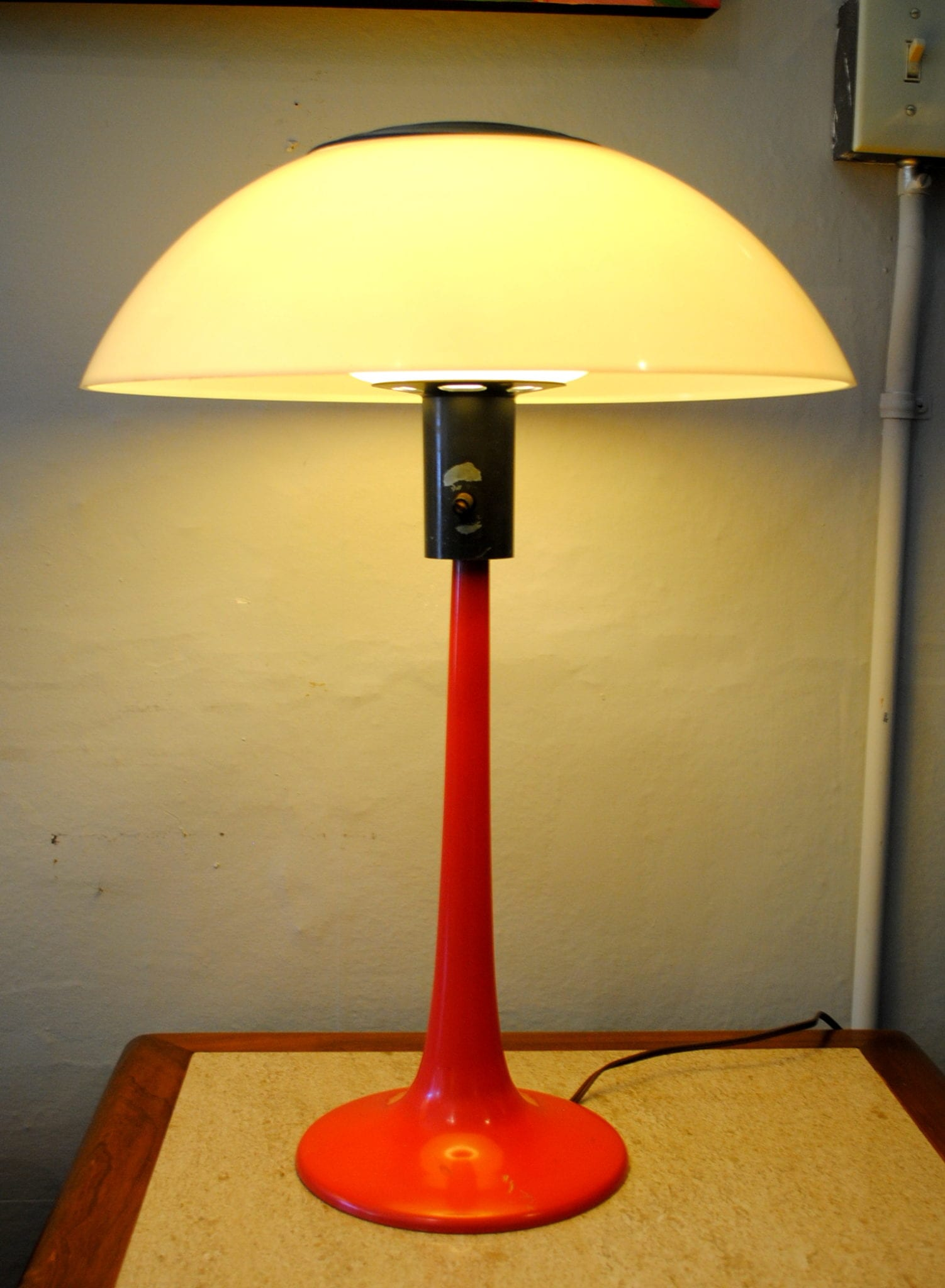 Gerald thurston table lamp circa gerald thurston table lamp geotapseo Image collections