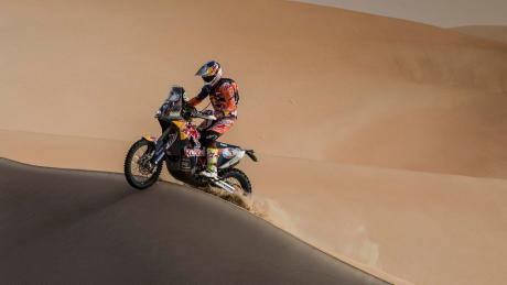 Sam Sunderland on the crest of further success at the Abu Dhabi Desert Challenge