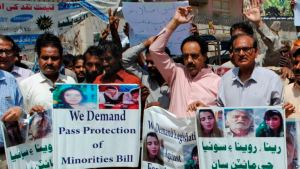 Pakistani-minorities-protest-kidnapping-and-forced-marriage-of-minority-girls