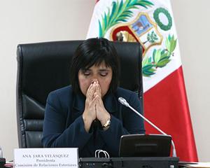 00. Perú: Cinco organizaciones feministas advierten a Ollanta Humala