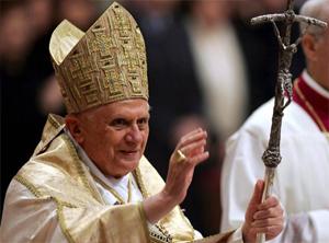 01. Internacional: Organizaciones LGBT de todo el mundo rechazan las declaraciones homofóbicas del Papa Benedicto XVI