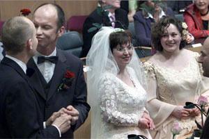 12. Holanda: Conmemoran el décimo aniversario del matrimonio entre personas del mismo sexo