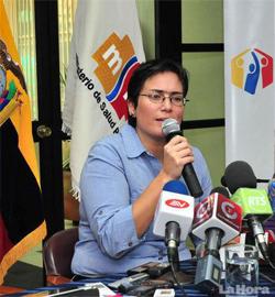 15. Ecuador: Una lesbiana es nombrada Ministra de Salud por el presidente Correa