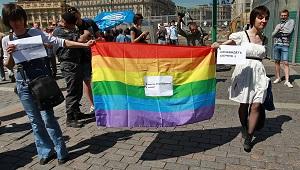 20. Rusia: Tribunal declara ilegal prohibir manifestaciones del orgullo gay