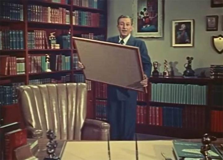 Walt-Disney-MultiPlane-Camera-1