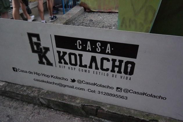 comuna 13 graffiti tour casa kolacho