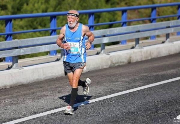 João Correia 2.º M40 e Abreu Moura 2.º M60 na Meia Maratona da Nazaré