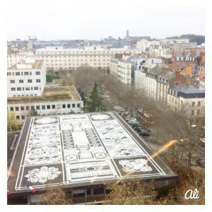Une vue sur le toit de la Caf de Renneshellip