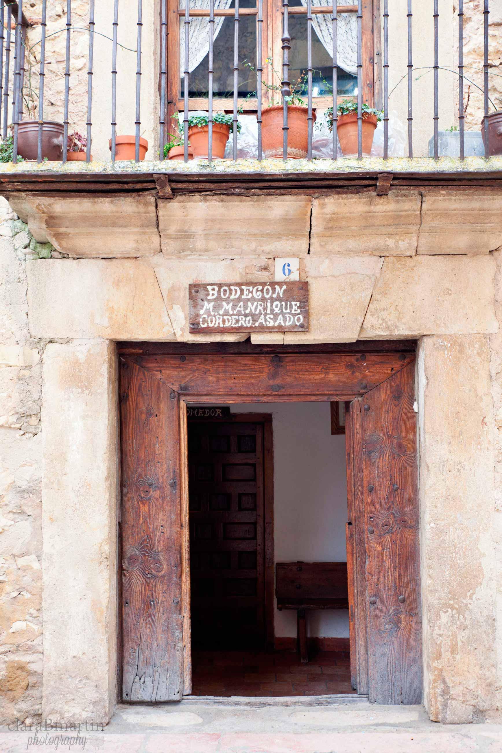 Escapada a pedraza y hoces del r o durat n clarabmartin - Restaurante el jardin pedraza ...