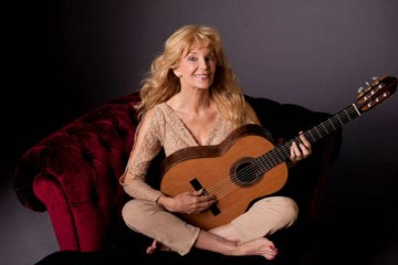 Classical guitarist Liona Boyd talks about the injury that almost ended her career.