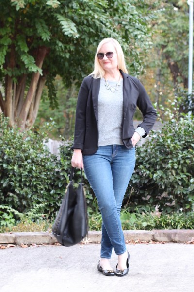 French Minimalist Outfit #8 (Trendy Wednesday #94)