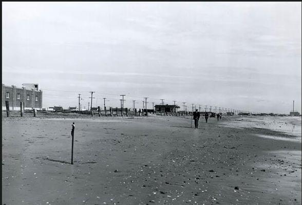 Alamitos Peninsula beach, 1920.