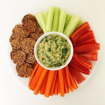 dip with veggies