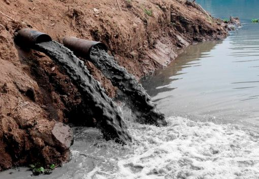 Cases of Water Pollution highlight Lack of effective Law Enforcement