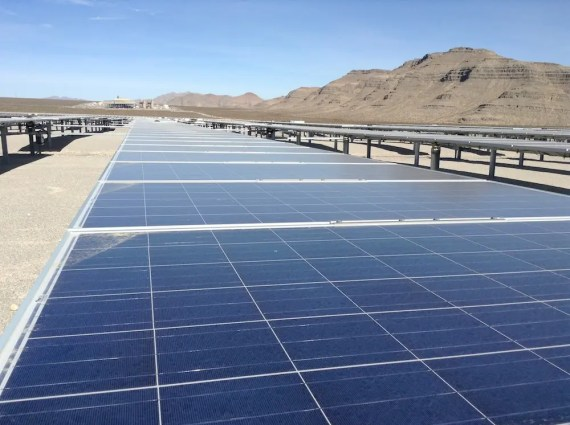 ABB solar power plant in Nevada. (Credit: Zachary Shahan / CleanTechnica) Click to enlarge.