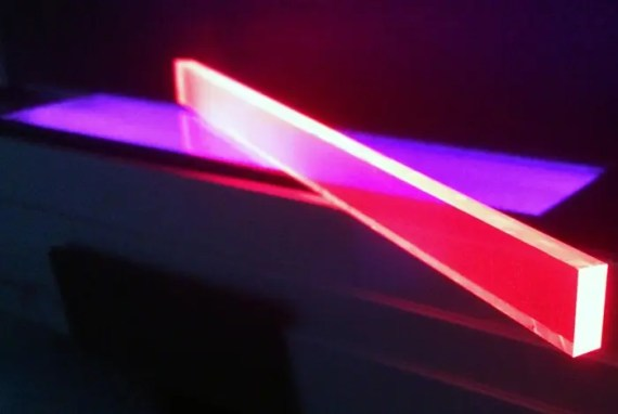 Quantum dot LSC devices under ultraviolet illumination. Image Credit: DOE/Los Alamos National Laboratory