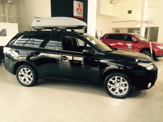 Mitsubishi Outlander-negro-PHEV-7-