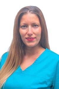 Elena Mata- Auxiliar de clínica