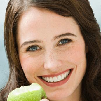 Implantes Dentales para fortalecer tu función masticatoria.